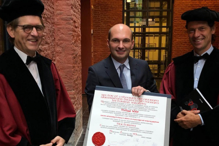 dokter Michael Wolf van Hartcentrum ZNA behaalt doctoraat